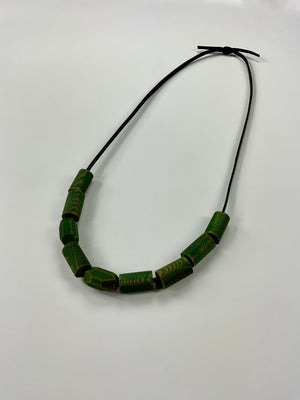Load image into Gallery viewer, green necklace no. 3