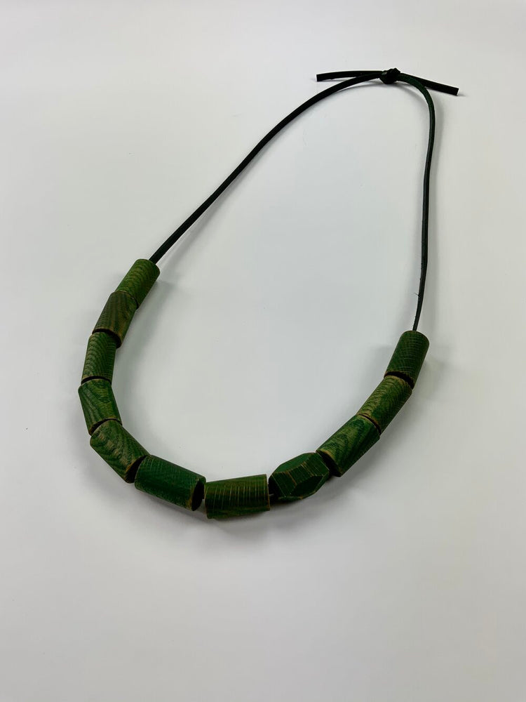 Load image into Gallery viewer, green necklace no. 8
