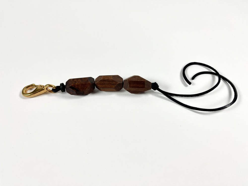 Load image into Gallery viewer, wood bead bronze clip