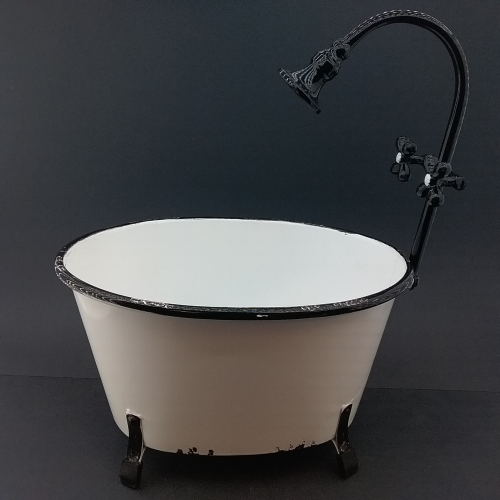 Vintage Tub Large with Faucet