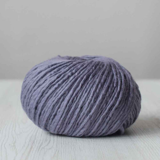 smokey purple lilac merino wool yarn, bulky yarn, chunky yarn