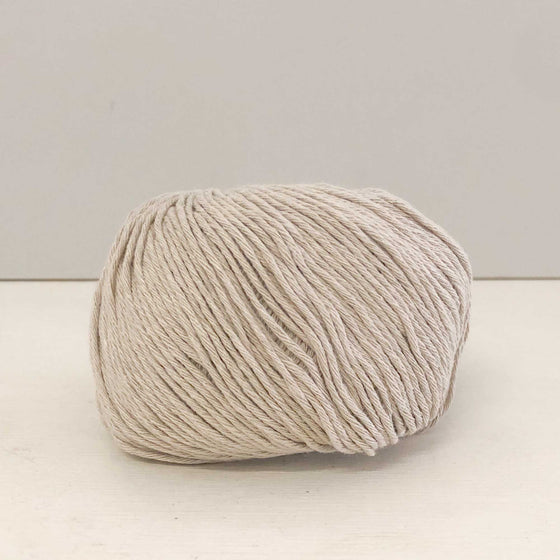 recycled cotton yarn in biscuit