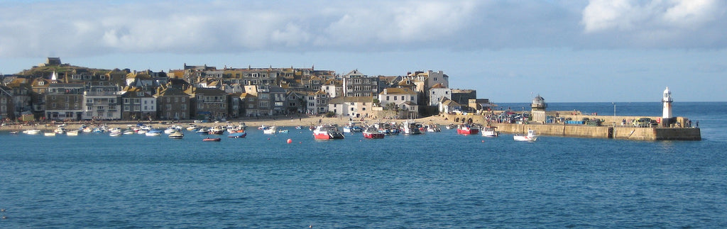 St ives is a great place to visit in Cornwall, it is somewhere at sebastien coell photography we would love to photograph so take your camera, the town has a lot of great atmosphere so you should visit