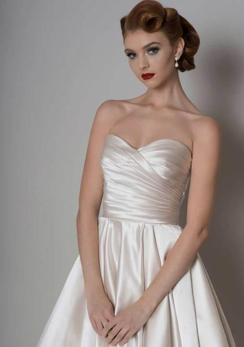 pearl ivory satin t-length short wedding dress