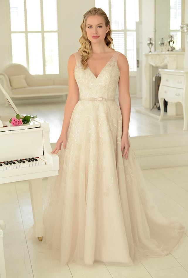 wr-rhiannon-r Sequin embroidered tulle Fifties style tea length wedding gown
