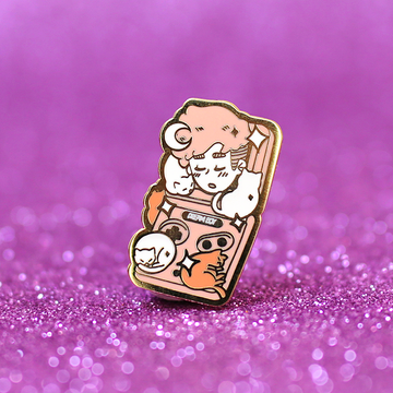 DREAMBOY ADVANCE SP ✦ ENAMEL PIN
