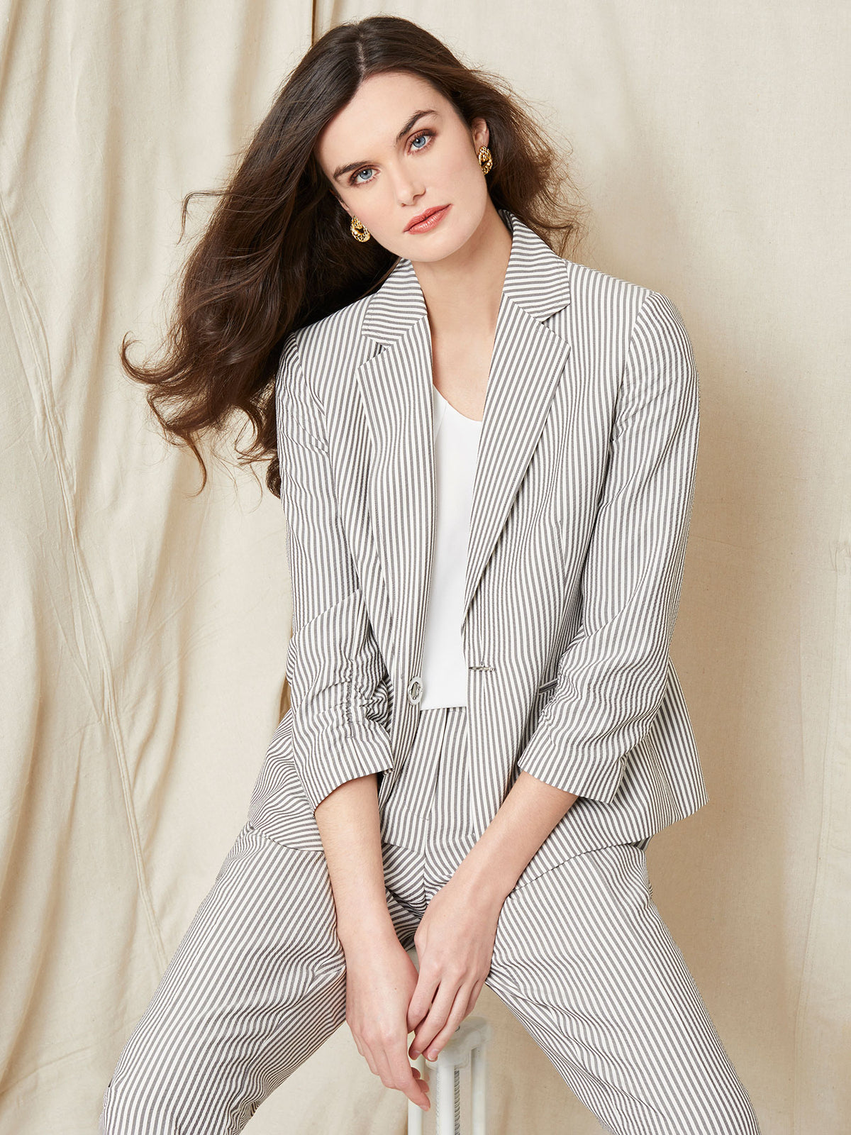 Seersucker Stripe One-Button Blazer – Grey/White – Kasper