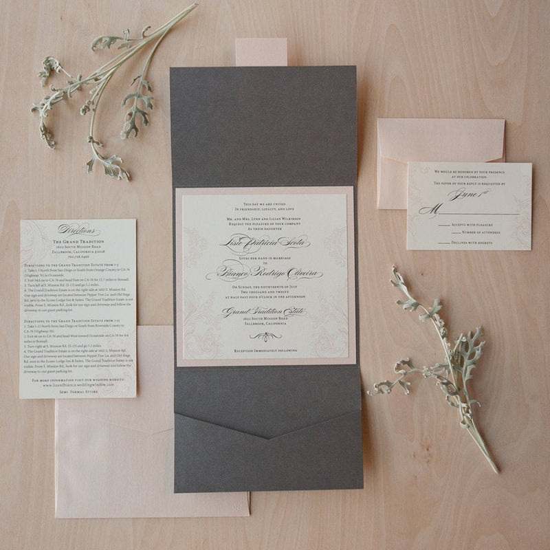 Lisie // Romantic Floral Suite