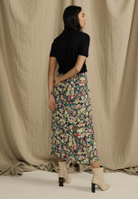 Load image into Gallery viewer, Floral Midi Side Slit Skirt