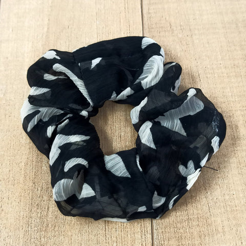 Anokhi Ada Fabric Scrunchie for Girls and Women (15-101 Scrunchie)