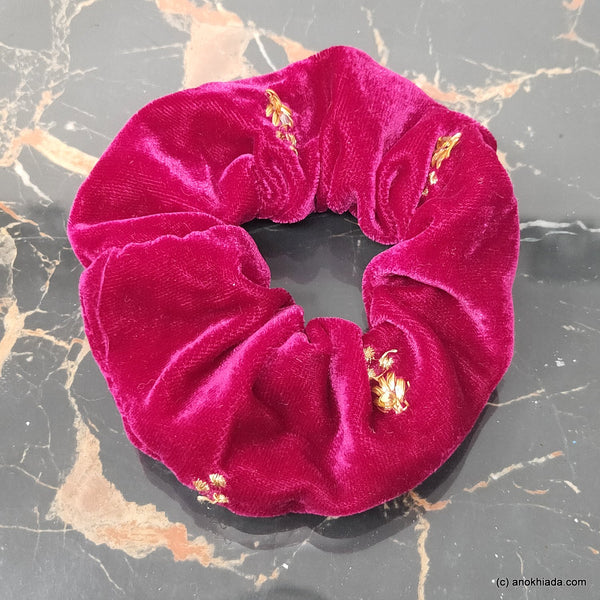 Anokhi Ada Handmade Stylish Velvet Scrunchie for Girls and Women (15-154 Scrunchie)