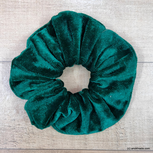 Anokhi Ada Handmade Green Velvet  Scrunchie for Girls and Women (15-55 Scrunchie)