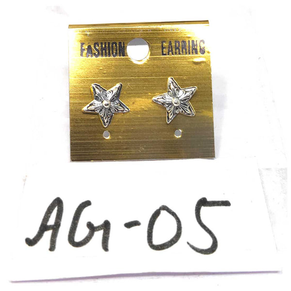 Anokhi Ada Metal Stud Earrings for Girls and Women (Silver)-AG-05