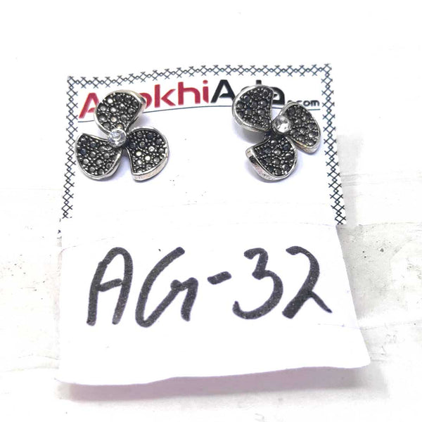 Anokhi Ada Metal Stud Earrings for Girls and Women (Silver)-AG-32