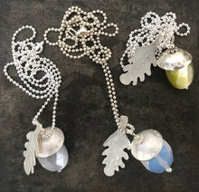 Load image into Gallery viewer, ¨Acorn of Hope ¨ Chain Necklace