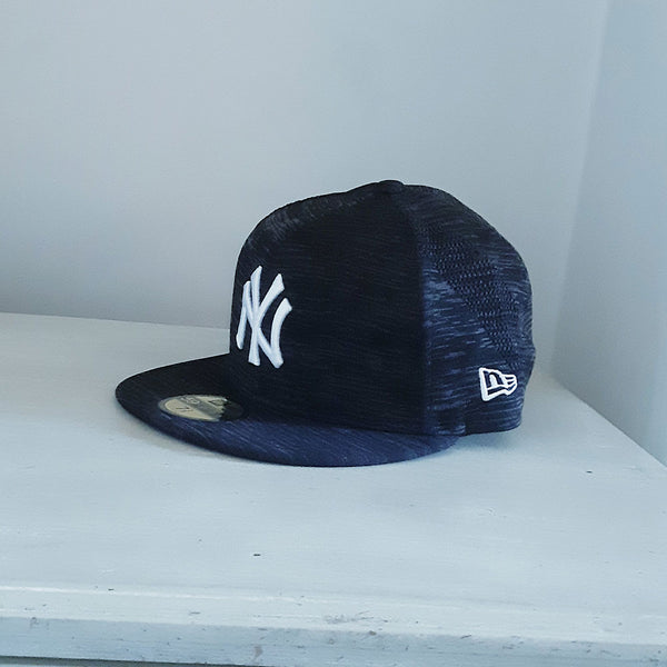 New York Yankees 59FIFTY Heathered Black Fitted MLB Cap - size 7 3/8