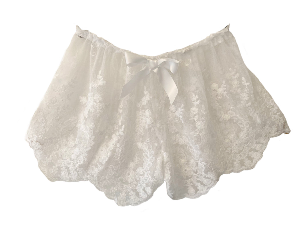Hang Loose Scalloped Luxury Lace Shorties