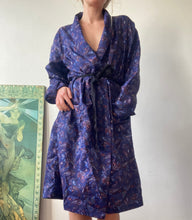 Load image into Gallery viewer, Vintage Paisley Navy Classic Dressing Gown