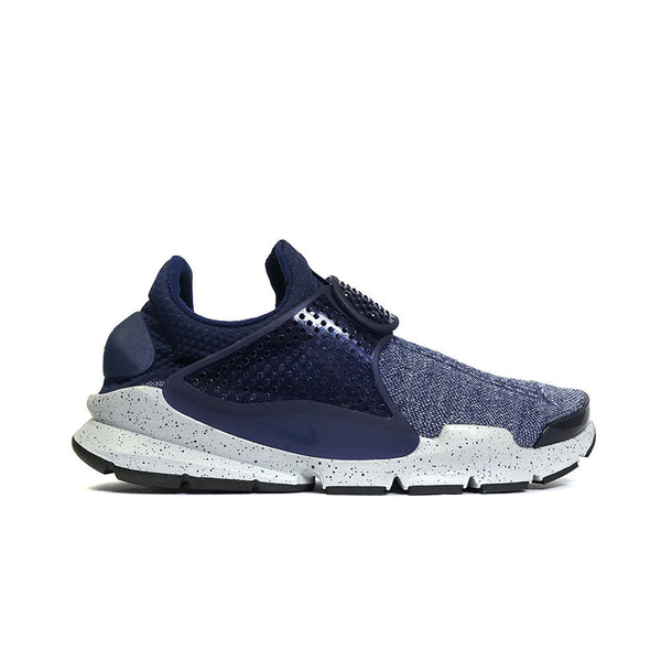 new concept 82263 37426 Nike Sock Dart Se Premium Sneakers – KickTheory