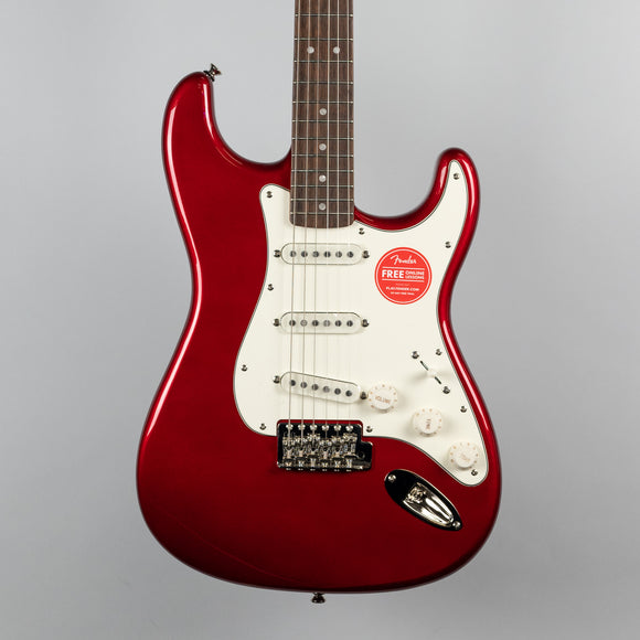 Squier Classic Vibe '60s Stratocaster in Candy Apple Red