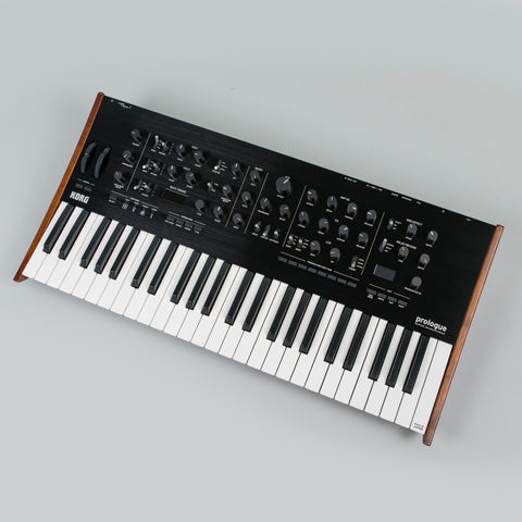 Korg Prologue 8 Synthesizer