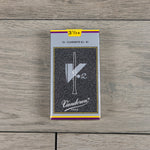 Vandoren V12 Bb Clarinet Reeds Strength 3.5+ (Box of 10)