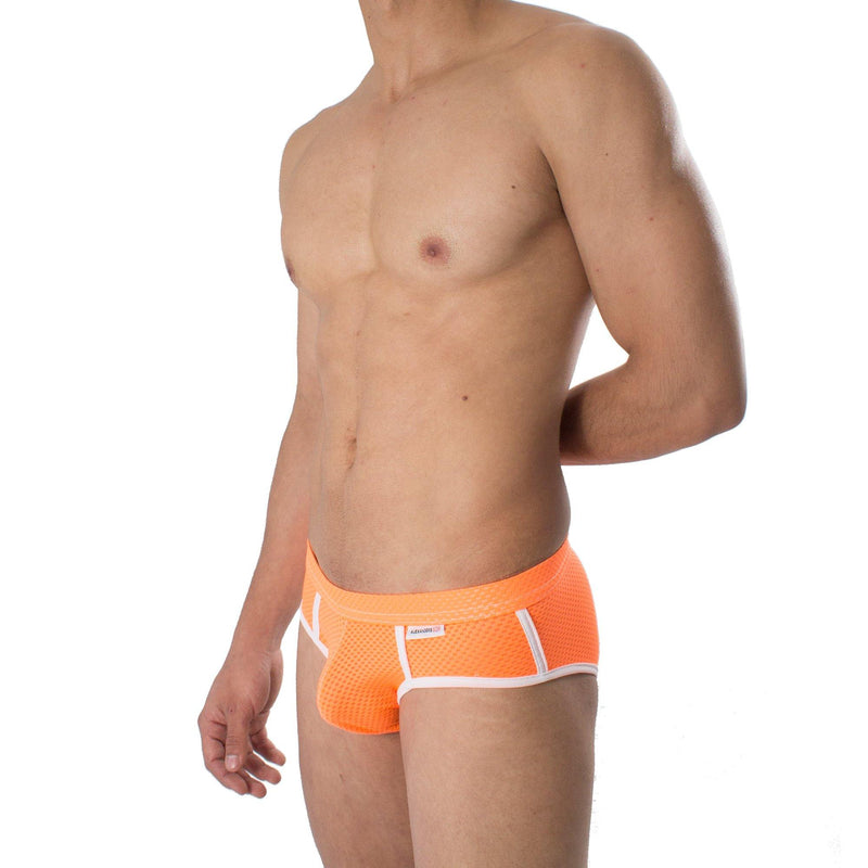 PB0007- Brief Chroma Durazno Neón Unwet