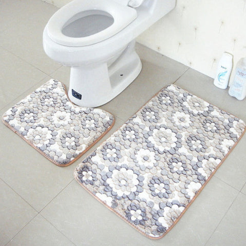 2 pcs Non Slip PVC Mesh Thick Coral Fleece Floor Mats