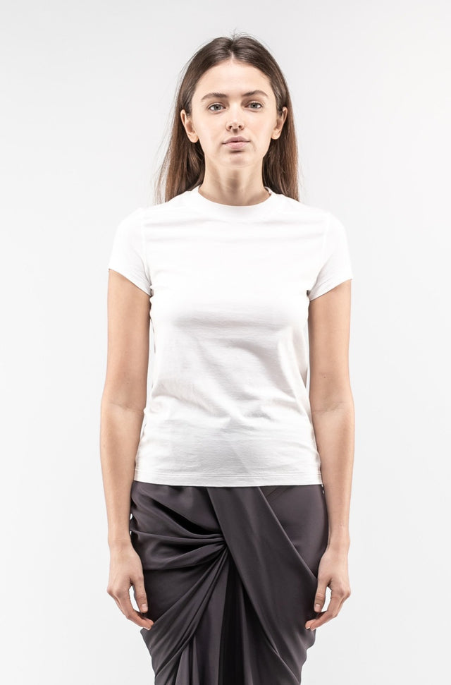 Short Level Tee In Chalk White