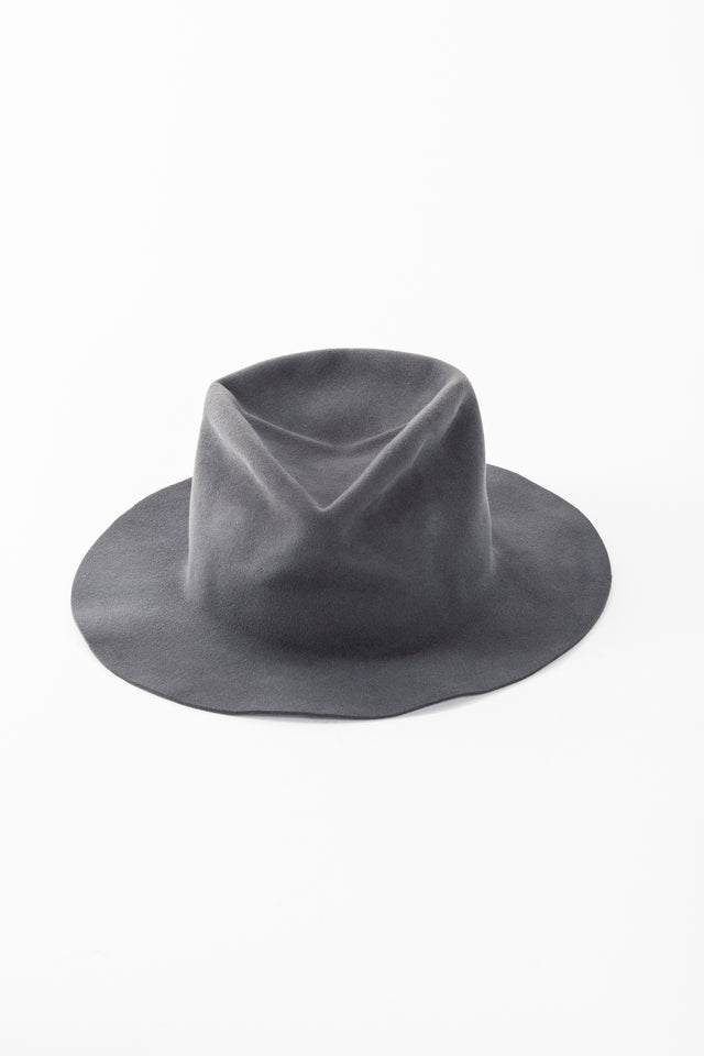 Horisaki Plain Finish Hat in Grey