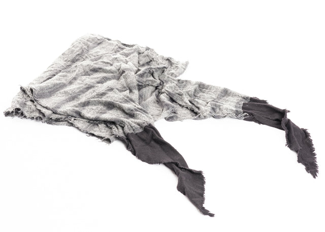 Layer-0 Scarf in Black/Grey