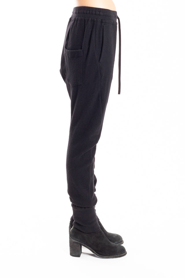 Forme d'expression Blousoned Curved Leg Pants in Black