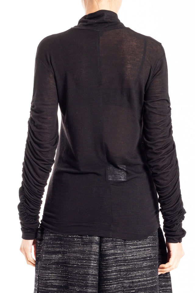 NQR Top in Black