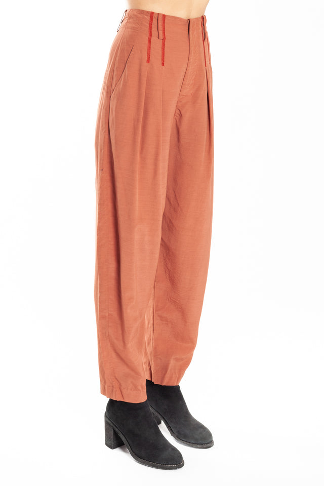 Phaedo Front Tuck Trouser in Red
