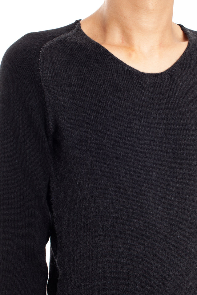 Layer-0 Sweater in Black/Grey
