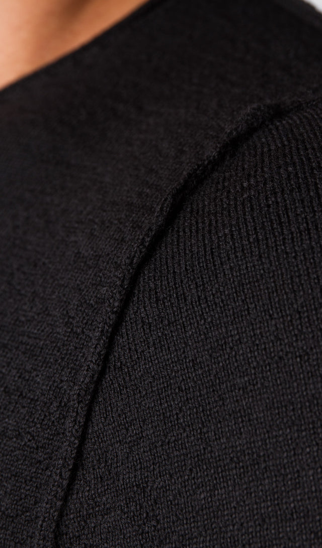 Forme d'expression Textured Knit Crewneck In Black