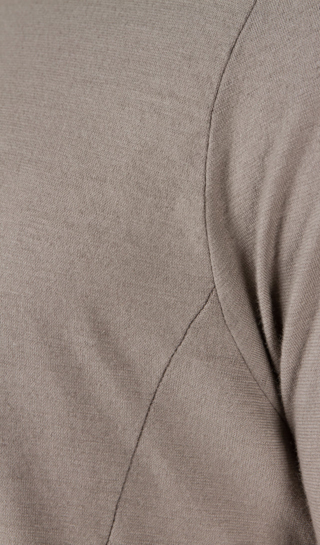 4 Panel T-Shirt in Grey