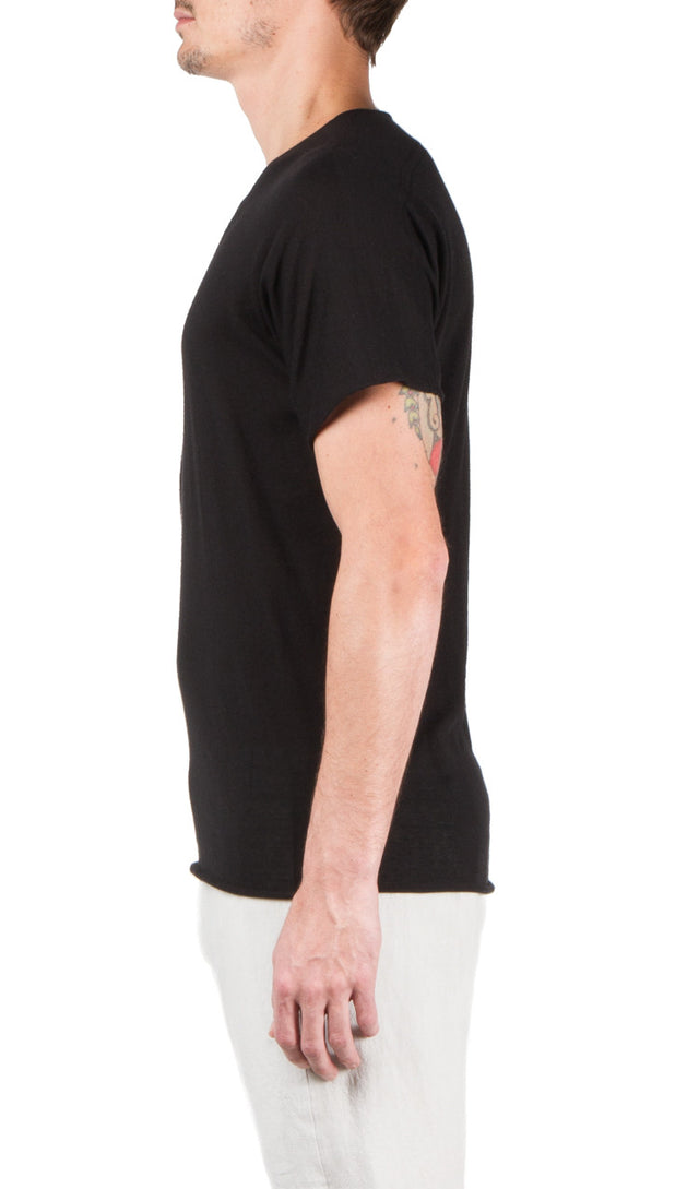 parabolic t-shirt in black