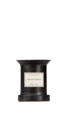 rouge safran piedestal candle