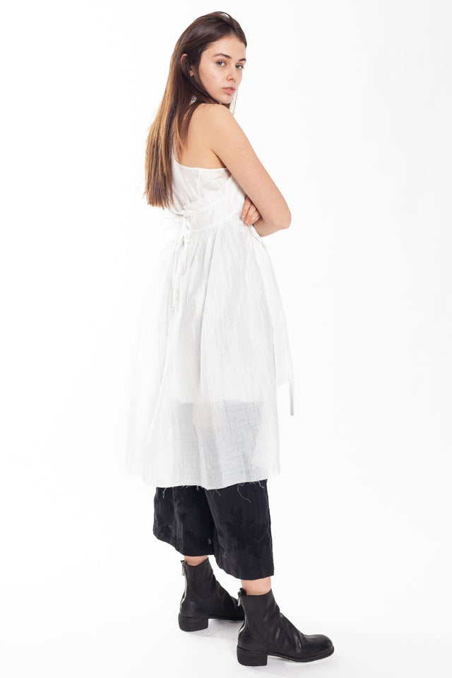 A Tentative Atelier Jussie Waistcoat in White
