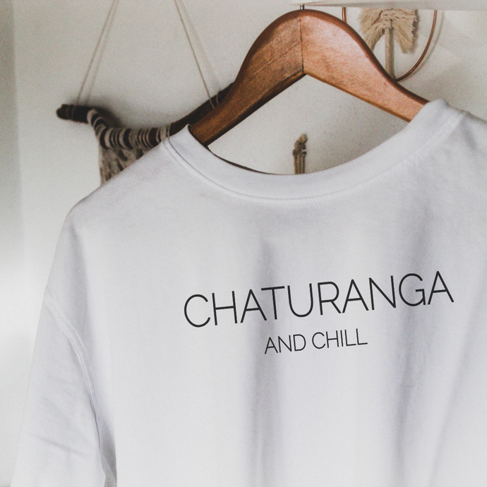 CHATURANGA AND CHILL | Organisches T-Shirt