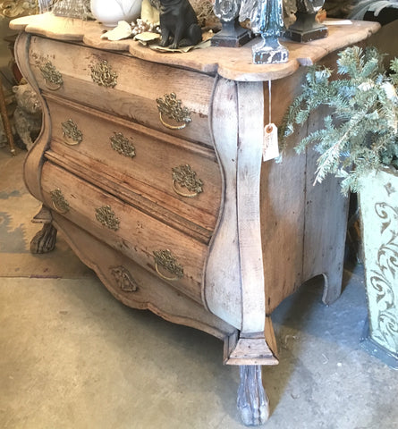 18th-Century Italian 3-drawer Commode