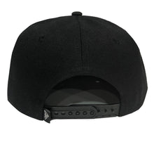 Load image into Gallery viewer, CLSC Strike Snapback Hat Black