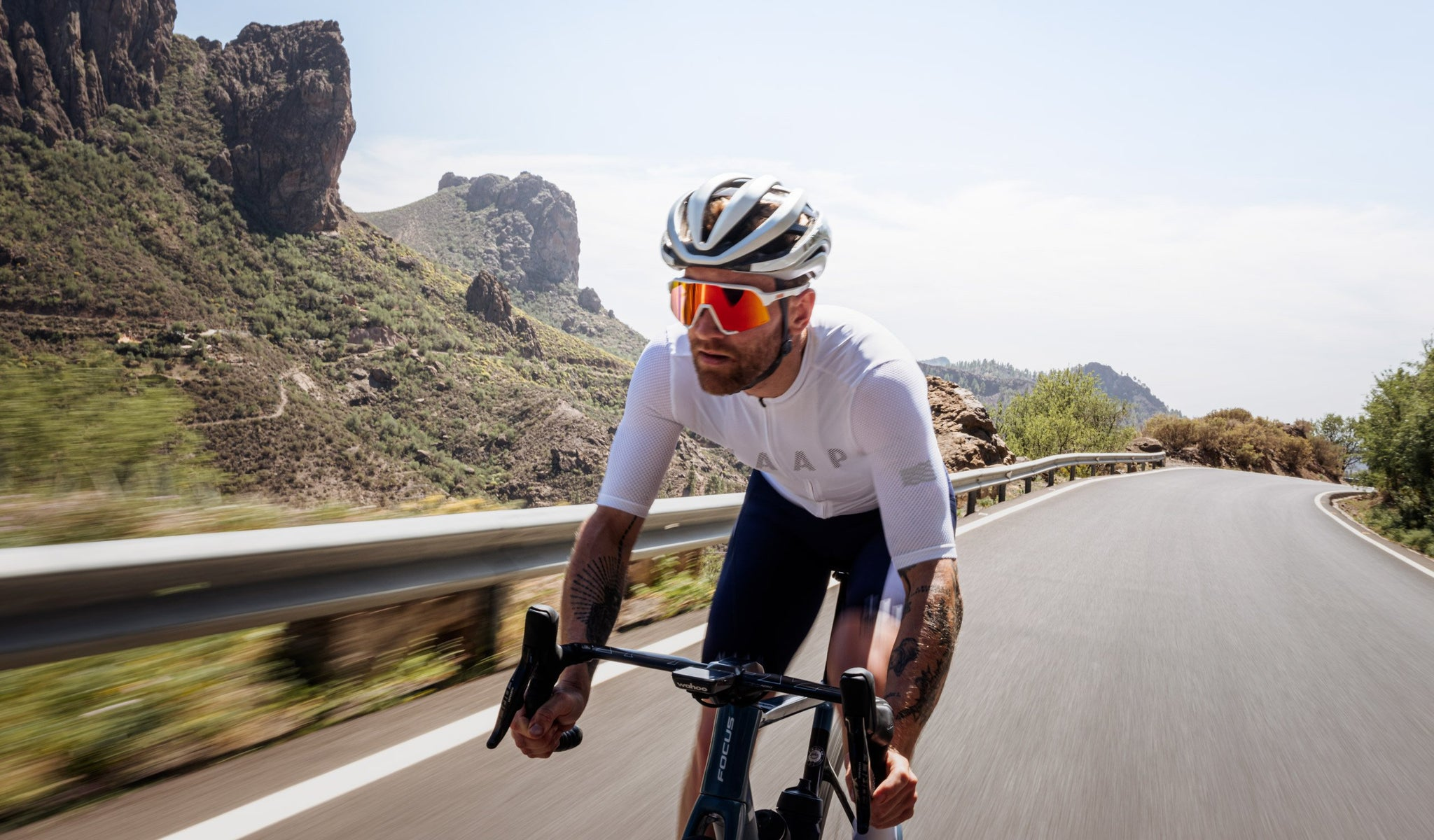 MAAP Echo Pro Base Cycling Jersey in White for riding in warm weather conditions.