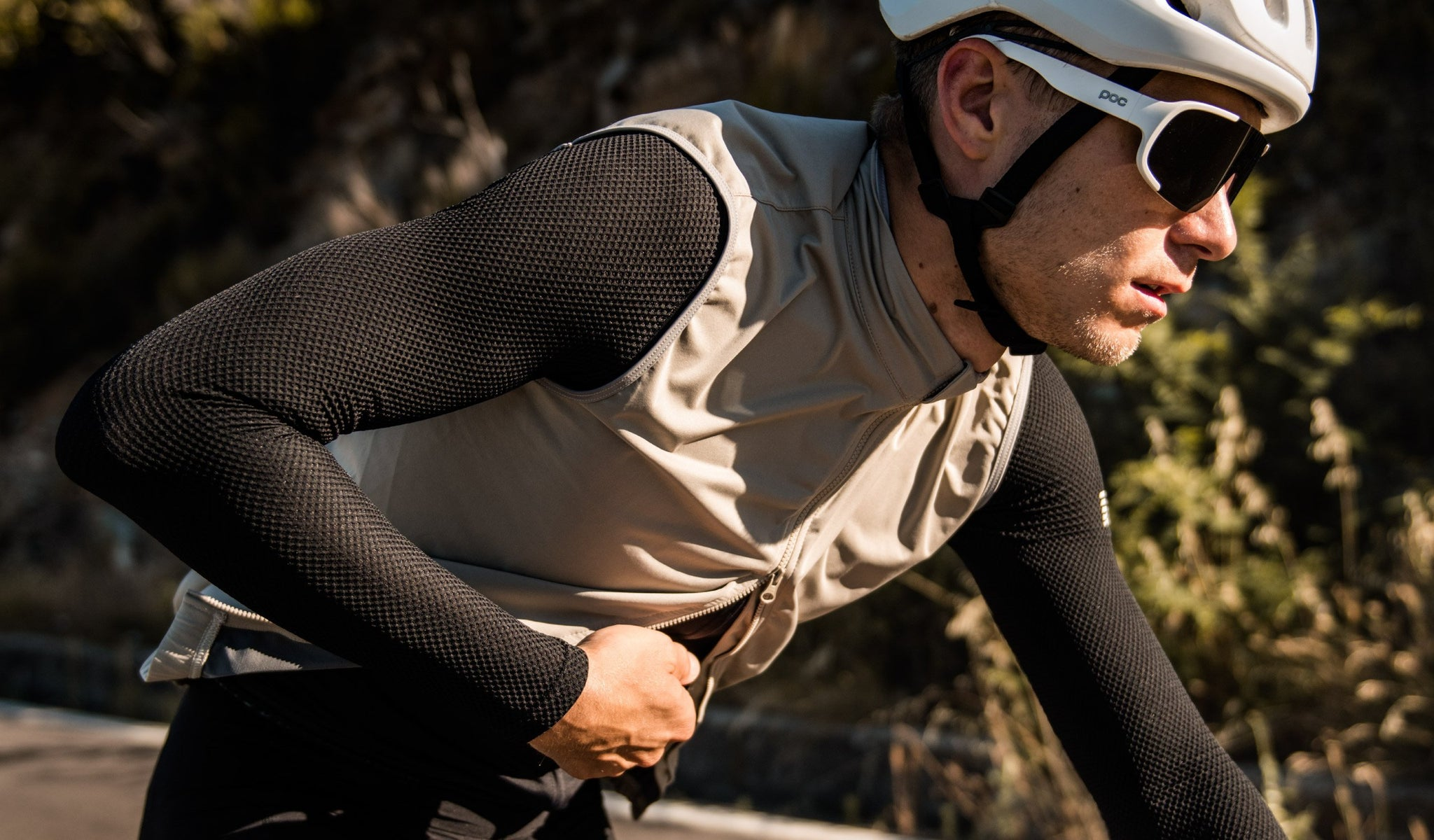 MAAP Unite Team Cycling Vest in Gravel for riding in mild conditions.