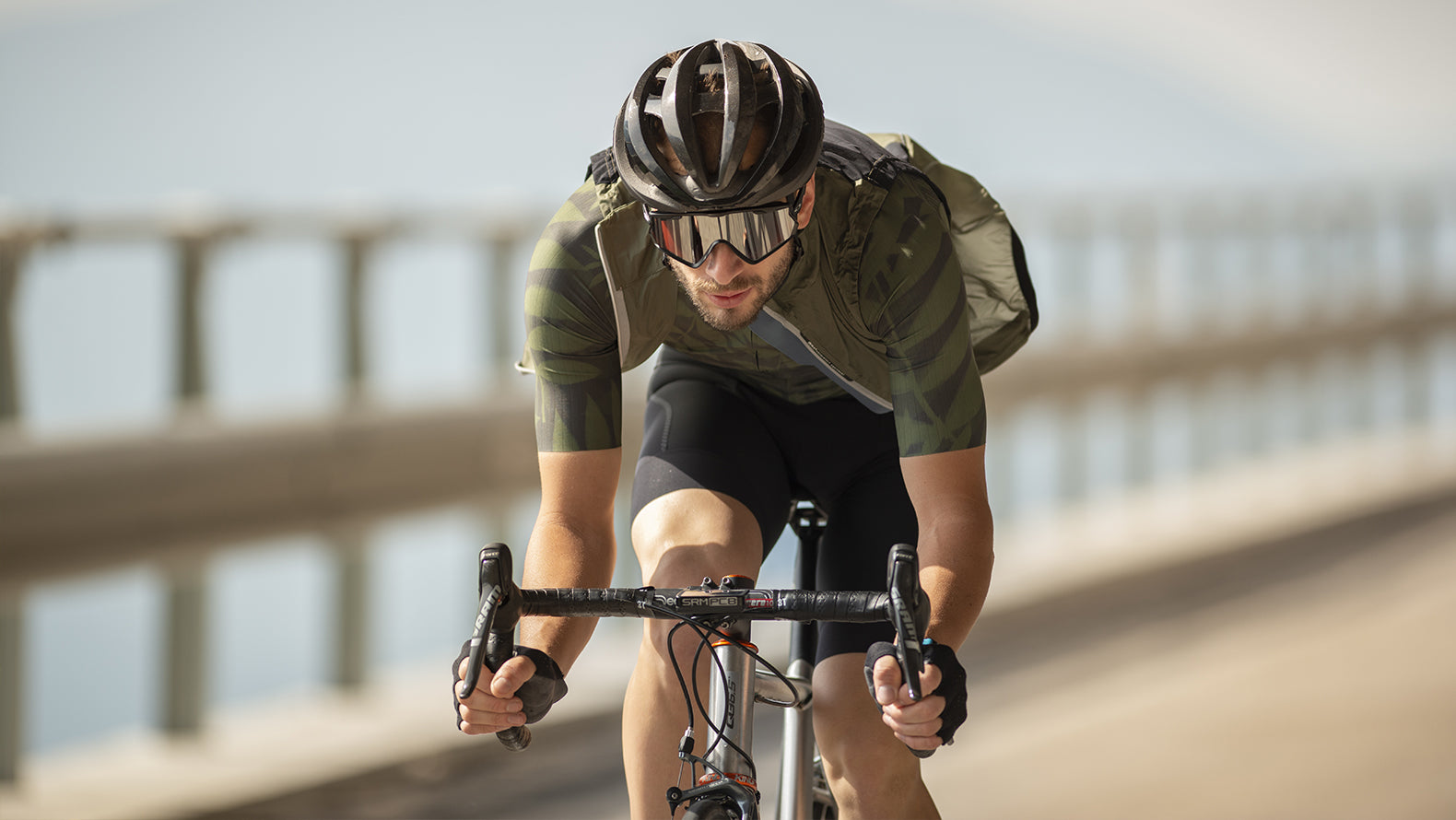 Q36.5 Air Cycling Vest in Olive Green.
