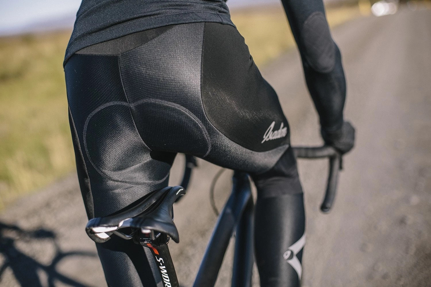 Winter bib tights for freezing conditions