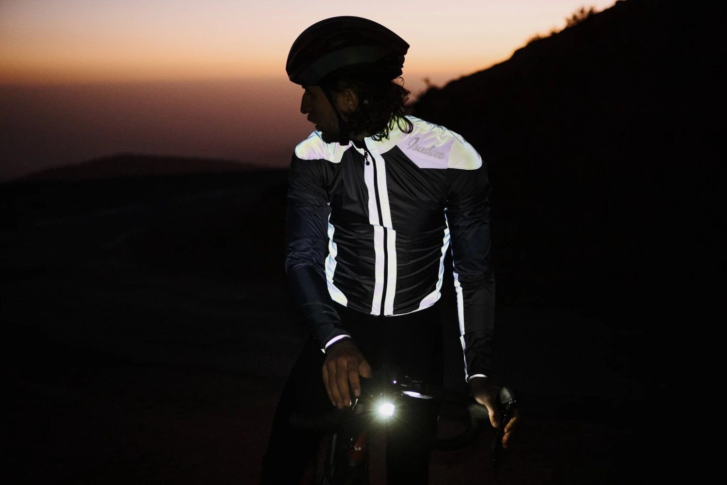 Alternative Essential Wind Jacket - Black / Reflective Cycling Jacket Isadore