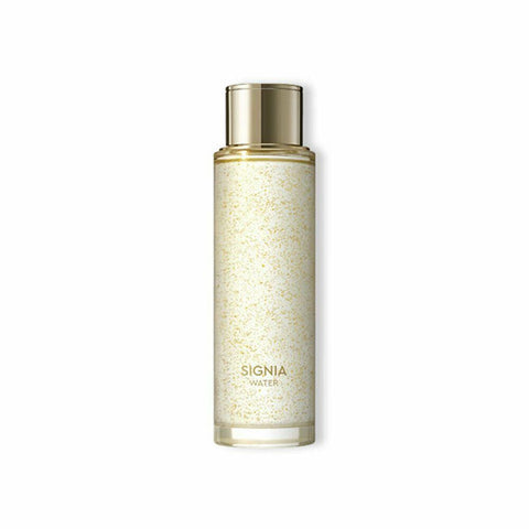 HERA Signia Water (180ml)  Features A total anti-aging care water that purifies  the skin with its fresh as morning dew Narcissus-DewTM formula  How to use Take an adequate amount after cleansing in the morning  and at night, apply all over the face and lightly pat to help the skin absorb.  Specification Brand : HERA  Country of origin : Republic of Korea  Target Area : Face - Skin Type : All Skin Types  Condition : 100% Brand-new with original box  Capacity: 180 ml