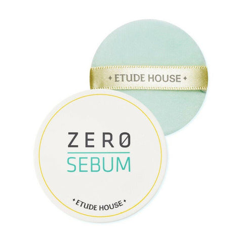 [ETUDE HOUSE] Zero Sebum Drying Powder (68)  Features A finishing powder that works to control sebum. The powder is applied as the last step of makeup. It can provide clear and shine-free skin without dryness of flakiness. The Zero Sebum powder has a citrus scent with hints of herbal notes. Since there's no additional fragrances added to the powder. The powder looks white in color, however, when applied it doesn't look white on the face.  How to use After applying basic skincare products or makeup, gently apply on areas with excessive sebum in a tapping motion.  Specification Brand : [ETUDE HOUSE] Country of origin : Republic of Korea Target Area : Face - Skin Type : All Skin Types Condition : 100% Brand-new with original box Capacity: 6g